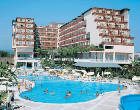 HOLIDAY PARK RESORT HOTEL
