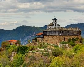 Двудневна екскурзия - Гложенски манастир-Съева дупка-Ловеч
